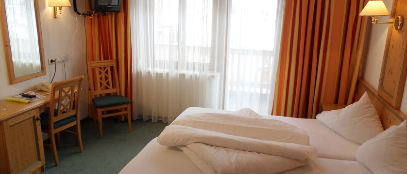 Hotel Nassereinerhof, St. Anton, Austria - Bedroom interior.jpg